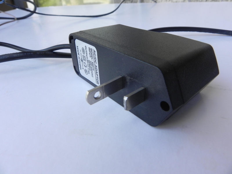 5V US power plug with the mark